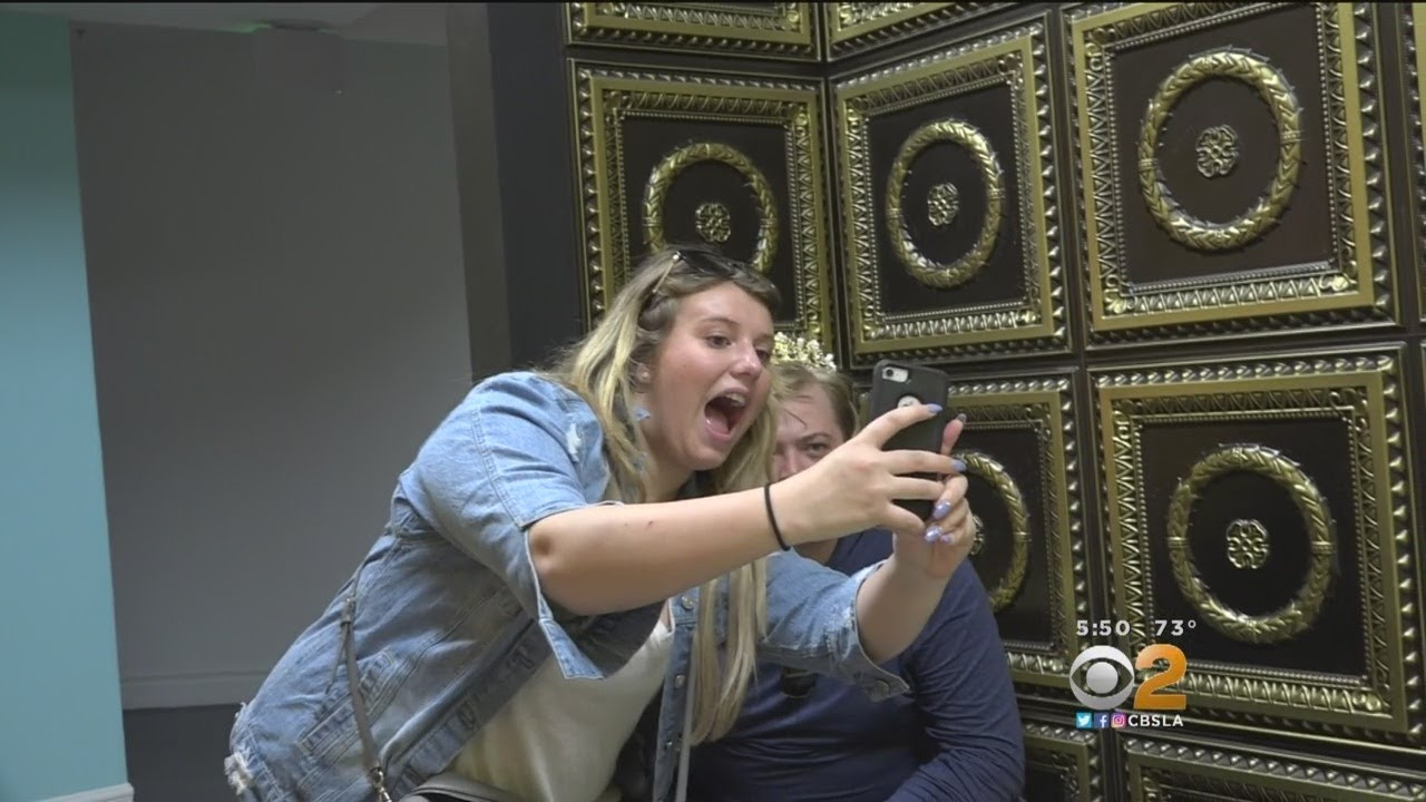 museum-of-selfies-becomes-permanent-fixture-in-hollywood