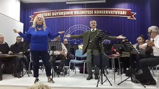 Suzan Şahin  Çiçeklerin Ozundesin Makam Ussak Beste Dr.Mustafa Uyan Güfte Galip Kurdoglu