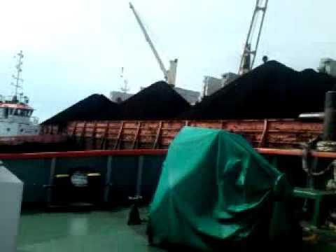 Barge process long side in Motor vessel