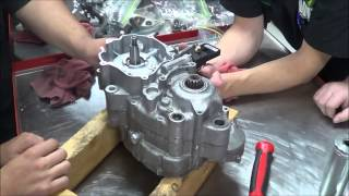 2 Stroke Engine Assembly: How assemble the crankcases