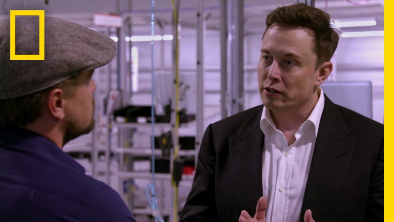 Leonardo DiCaprio ทึ่งโรงงานสุดล้ำ Gigafactory ของ Tesla