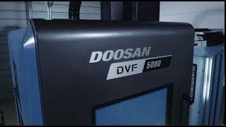 NEW 두산공작기계 동시 5축 수직형머시닝센터 DVF 5000