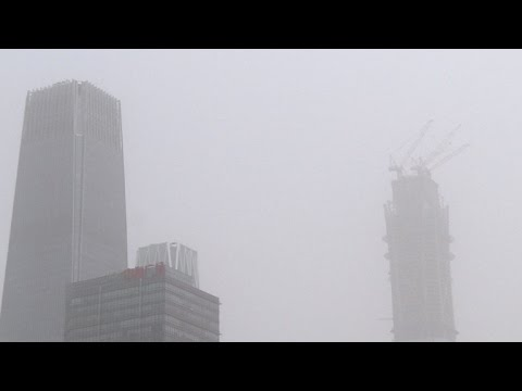 Dust storm blows across north China, flights cancelled
