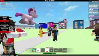 two people kiss in roblox [secret] they dont know