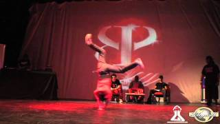 LIL G vs MARCIO (EIGHT ONE POWERMOVE 2011) WWW.BBOYWORLD.COM