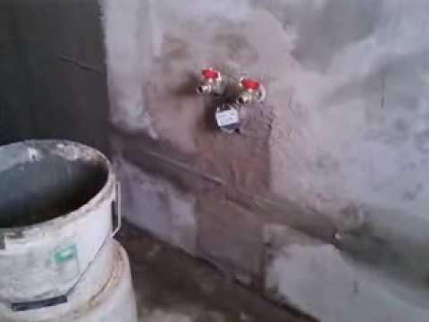 Как расположить выводы водопровода и канализации в ванной