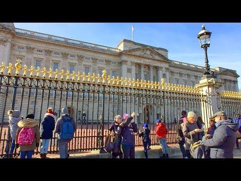 LONDON WALK | Waterloo To Buckingham Palace Via Embankment, The Mall And Pall Mall | England