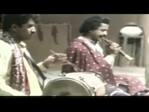 Echoes of Sufi Chants - Abida Parveen - Kafi Sachal Sarmast - Sun Baat