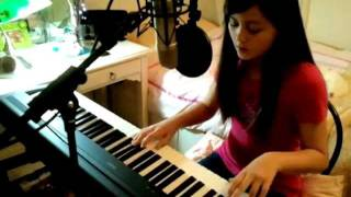 LIGHTS - Pretend - Lyrics On Screen Piano Vocal Cover Jasmine Thompson Age 11