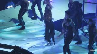 Nathan Williams-Selena gomez slow down dance..revival tour