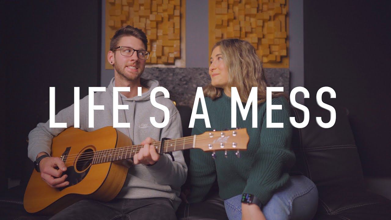 Juice WRLD ft. Halsey - Life's A Mess (Acoustic)