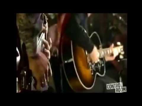 Oasis- Slide Away Acoustic Noel Gallagher and Gem Archer