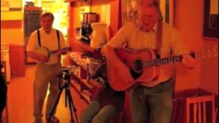 2268. Goodnight Irene at Gryphon d'Or – with Lew Dite & Ukulele Katie