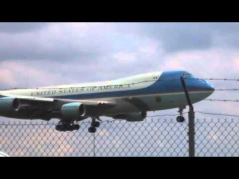 Air Force One May 4 2016 into Flint Michigan