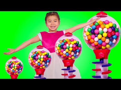 Smart Girl Wants a Giant Gumball Machine! Learns Colors - Funny Toys Video