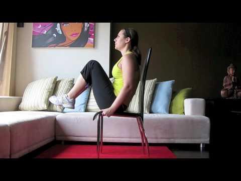 Le lev des genoux sur chaise exercice abdominaux pour for Chaise 4 en 1