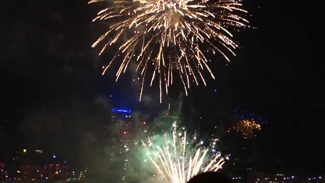 Brisbane New Years Eve 2014 Fireworks Highlights HD - YouTube