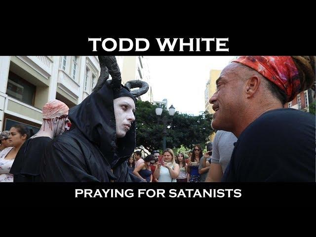 Todd White -  Praying for Satanists (Brazil 2019)