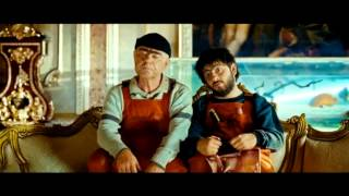 Джамшут и Равшан выбираются из дома Виктора Марьяновича