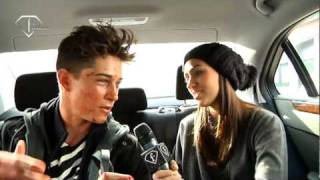 fashiontv | FTV.com - FRANCISCO LACHOWSKI - WHY NOT AGENCY - FALL /  WINTER 2010-1