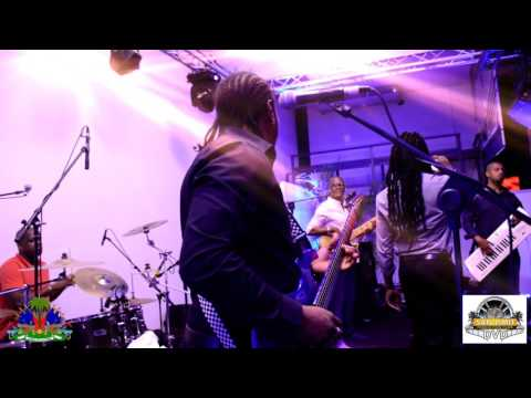DJAKOUT #1 LIVE EN GUADELOUPE