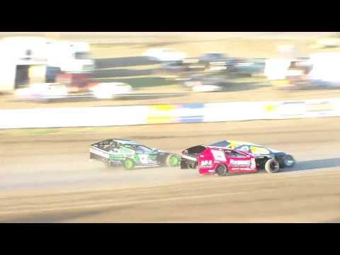 Dacotah Speedway IMCA Modified Heats (8/11/17)