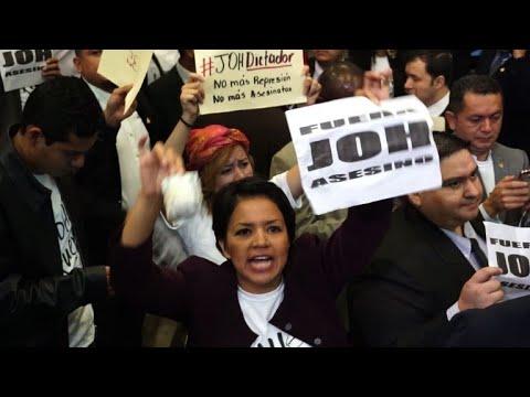 Honduras: Opposition legislators protest re-election
