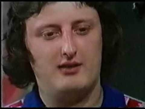 Young Eric Bristow Interview - 1980 BDO Golden Darts Championship