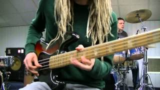 Funk Rock Fingerpicking Bass & Drum Grooves