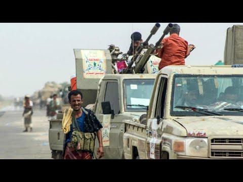 معارك طاحنة بين الحوثيين والتحالف العربي في المديريات الحدودية مع السعودية  - نشر قبل 2 ساعة