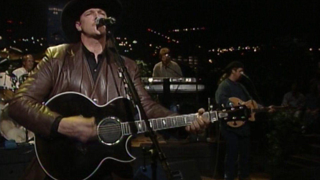 trace-adkins-i-left-something-turned-on-at-home-live-from-austin-tx-live-from-austin-tx