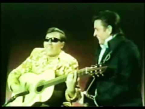 José Feliciano & Johnny Cash - Guess Things Happen That Way