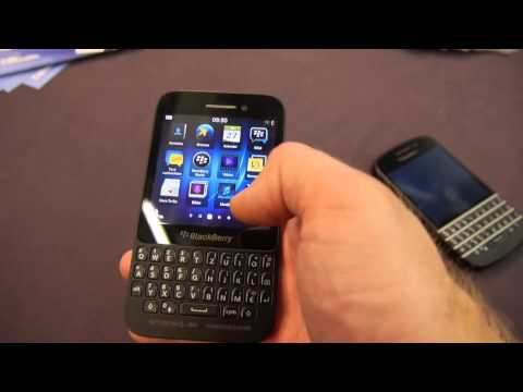 Blackberry Q5 Hands On and Comparison with Q10