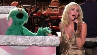 Natasha Bedingfield with the Muppets - Sing a Song/Yankee Doodle