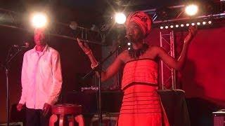 Video Hommage à Nelson Mandela à La Bellevilloise - Sibongile Mbambo - Sam Tshabalala download MP3, 3GP, MP4, WEBM, AVI, FLV November 2017