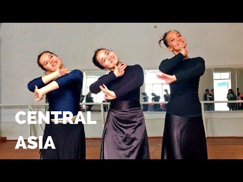 Watching a Master Dance Class in Bukhara, Uzbekistan