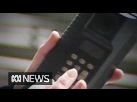 Cellular phones launched in Australia (ABC News 1987)
