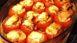 Gefüllte Tomaten, gefüllte mit Hackfleisch, mit Käse gratiniert