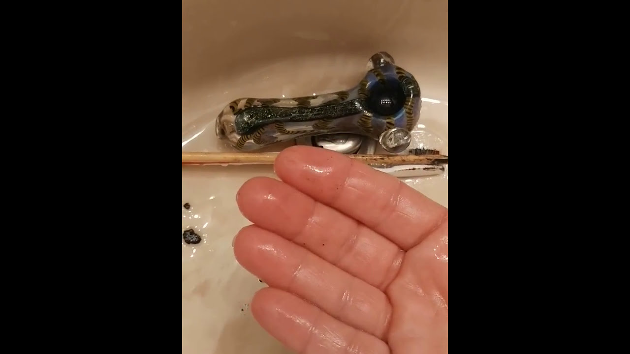 How To Clean A Resin Caked Pot Pipe