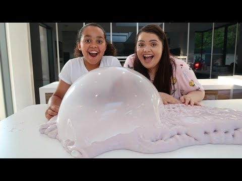 KARINA GARCIA SHOWS TIANA HOW TO MAKE SLIME (Slime Fails)
