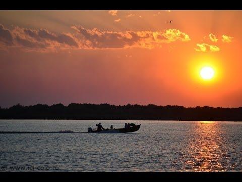 Cu barca in  Sf. Gheorghe: Marea si Delta, la un loc,peisaj superb