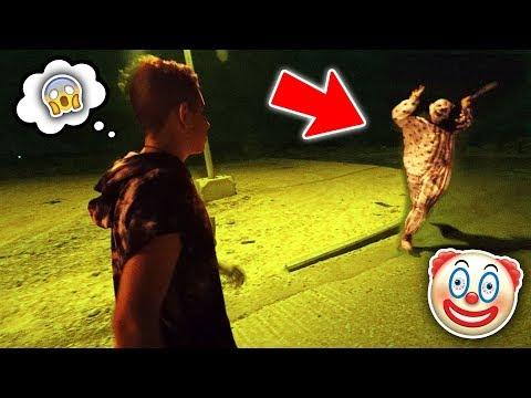 תקף אותנו ליצן רוצח עם סכין בנתניה!!! (לא קליקבייט) מסוכן מאוד!!!