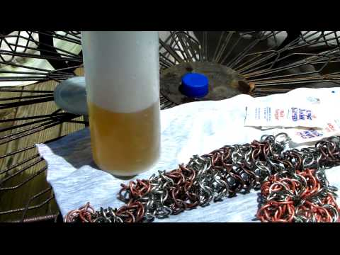 Cleaning copper with saltwater and vinegar