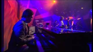2003-10-24 Crawl Home + I Wanna Make It Wit Chu (Desert Sessions) @ Jools Holland.mpg