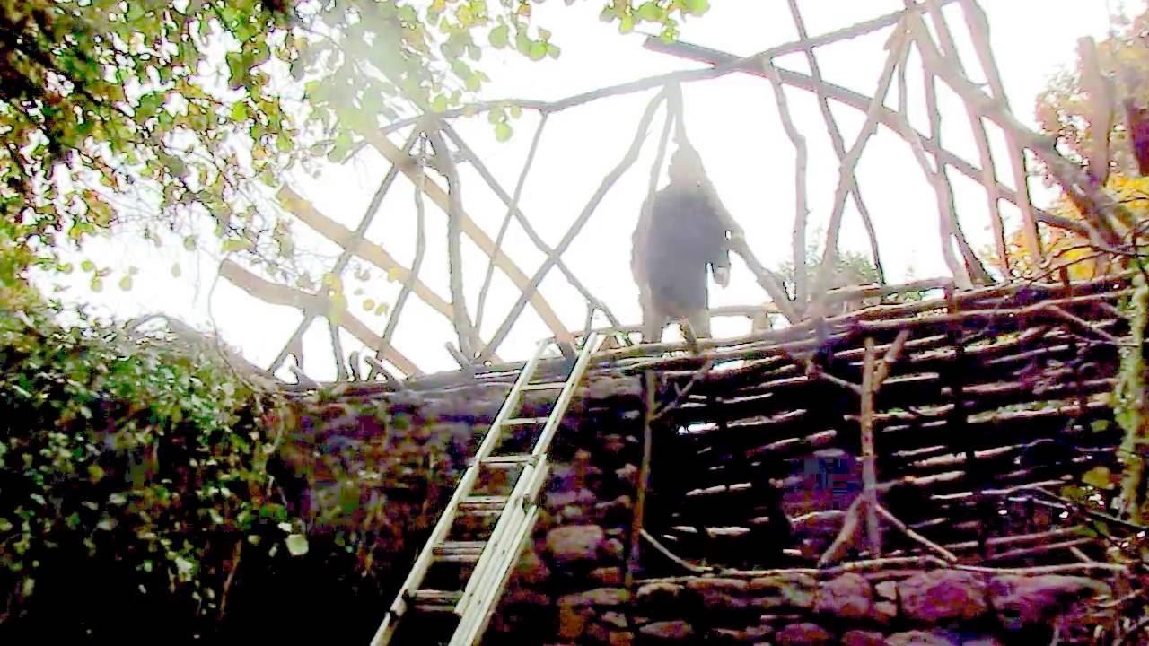 Construire une maison en tronc d 39 arbres bio construction - Maison en tronc d arbre ...