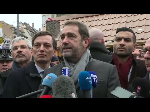 وزير الداخلية الفرنسي يتفقد القوات الأمنية غداة مقتل شيكات  - نشر قبل 58 دقيقة
