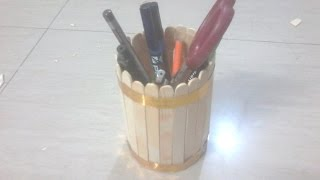 DIY: How to make pen stand (round shape) using Ice cream sticks / popsicle sticks & plastic bottle