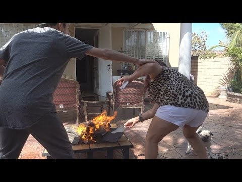 BURNING MY MOMS PURSE PRANK!!