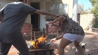 BURNING MY MOMS PURSE PRANK!!  FaZe Rug