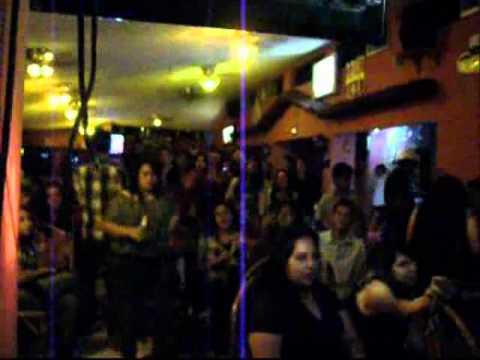 Noche de karaoke Santa Ana El Salvador